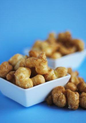 """Caramel Corn Puffs! (""""Gotta have my Pops!"""")"""