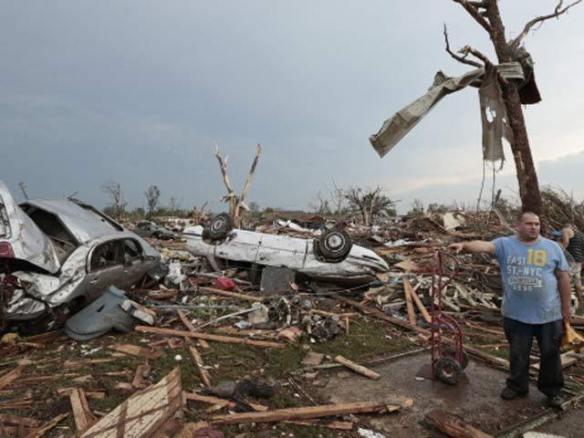 moore-tornado-damage3-getty_1369142135826_417796_ver1_0_640_480