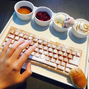 Fan Girl Friday Keyboard Waffle