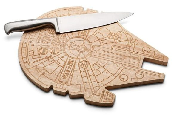 Fan GIrl Friday Millenium Falcon Cutting Board