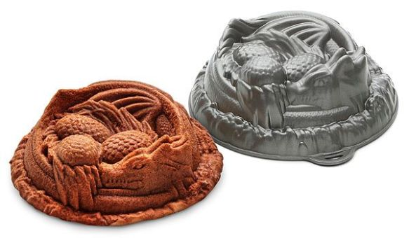 Fan Girl Friday Dragon Cake Pan