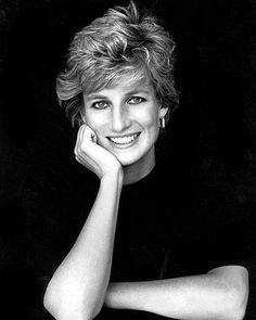 038044b6ab8cd11f911935427e48c54e--princess-diana-will-beautiful-person