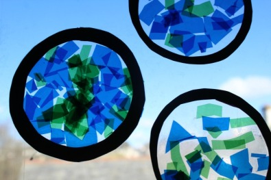 STAINED-GLASS-PLANET-EARTH-CRAFT
